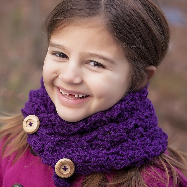Buttoned Cowl Knitting Pattern : Button Cowl Free Crochet Pattern
