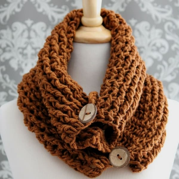 Free Crochet Chunky Button Cowl Pattern
