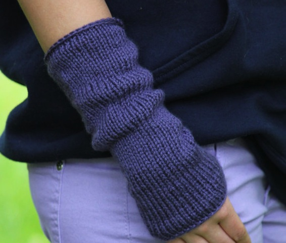 Free Arm Warmers Knitting Pattern - Posh Patterns