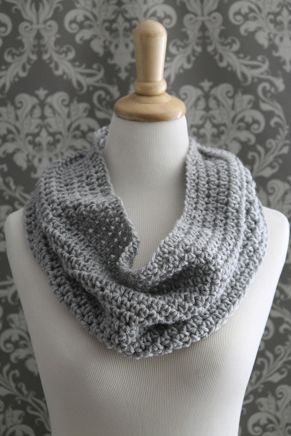 Free Easy Cowl Crochet Pattern