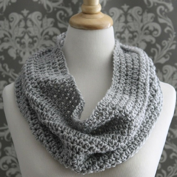 infinity scarf pattern Archives - Posh Patterns