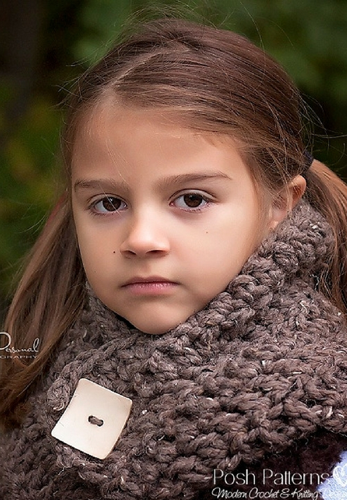 Free Button Cowl Crochet Pattern